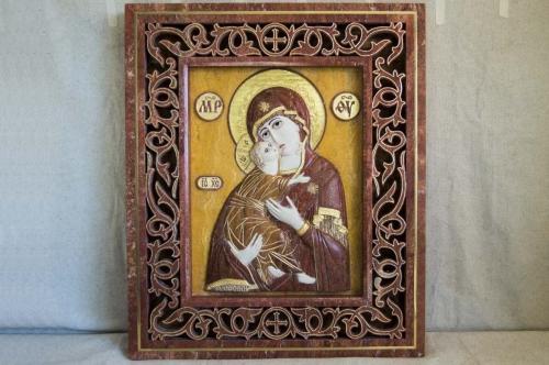 Владимирская икона Богоматери (рельефная) из мрамора от Гливи, рама резная из камня